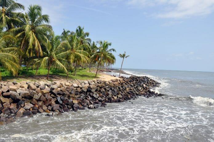 vatanappally-beach