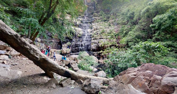 talakona-waterfalls-
