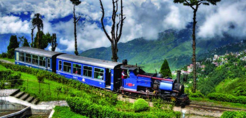 jalpaiguri to darjeeling train
